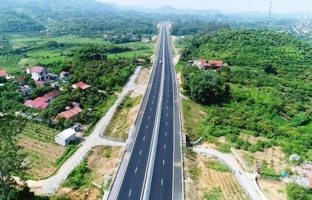$281.3 million expressway between Cao Lanh and An Huu waits for pre-feasibility approval