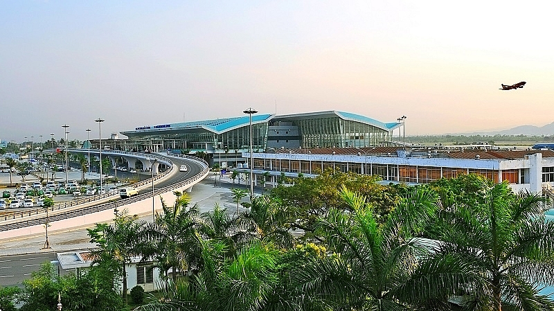 danang international airport requests third terminal