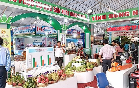hpa looks back on busy year of promoting hanoi trade
