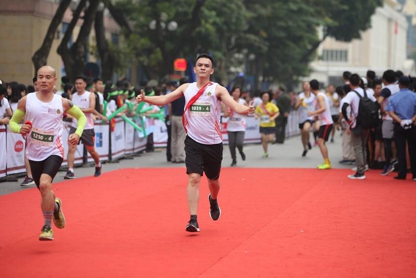 dai ichi life becomes gold sponsor of vietnam kizuna ekiden 2018