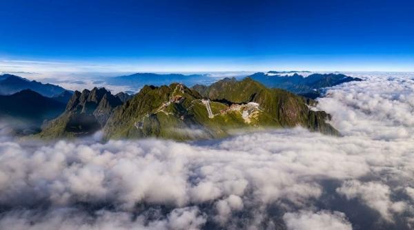 sun group breaks makes landfall at world travel awards 2020