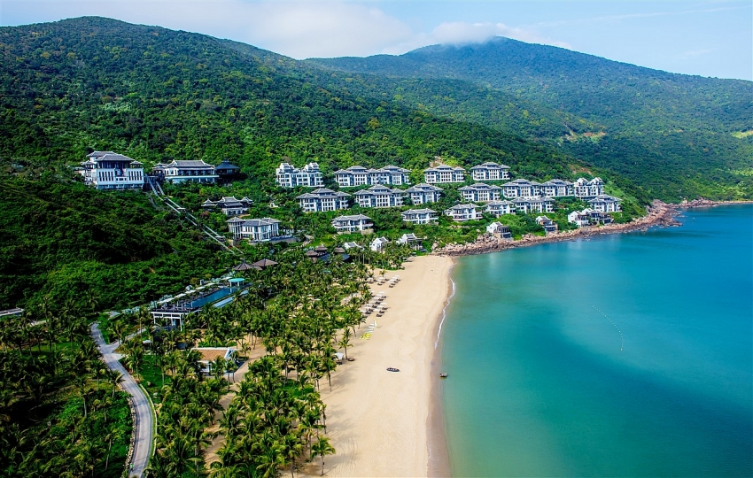 intercontinental danang voted worlds leading green resort 2018
