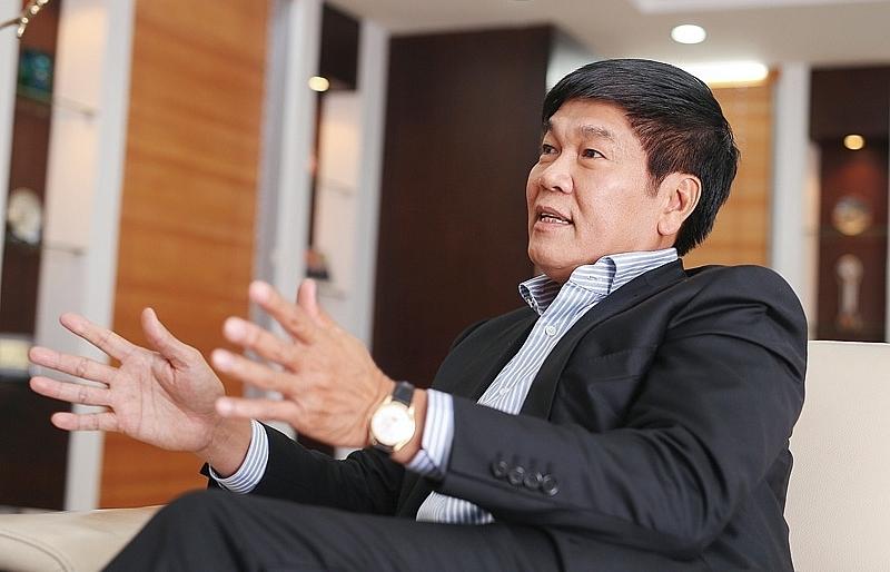 hoa phat chairman falls off forbes billionaire list