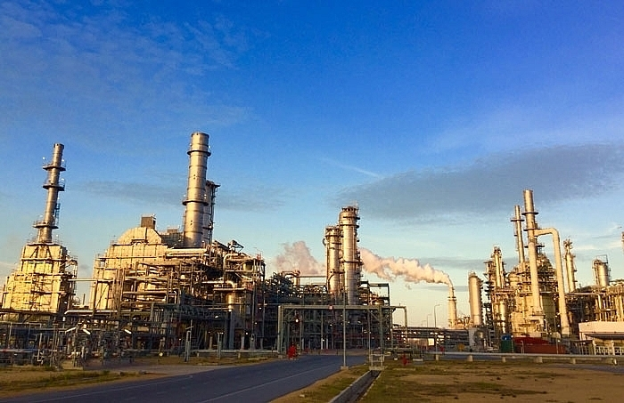 nghi son refinery starts commercial operations in november