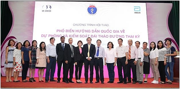 abbott in the good fight for vietnamese peoples health
