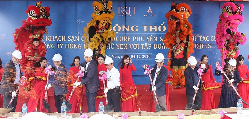 sao mai group kicks off construction of 5 star grand mercure phu yen