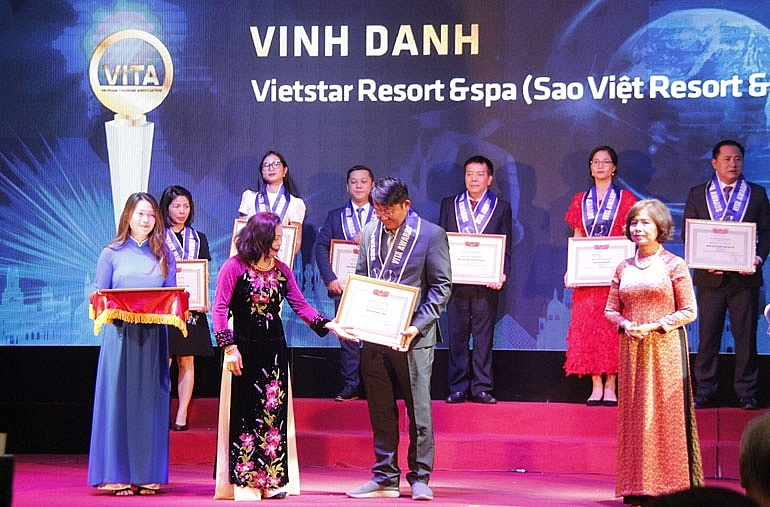 vietstar resort and spa phu yen honoured at vita award 2019