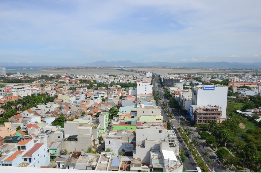phu yen urges completion of provincial development planning