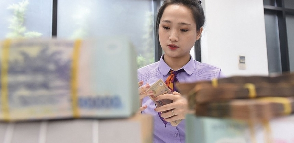 moodys takes rating actions on 15 vietnamese banks