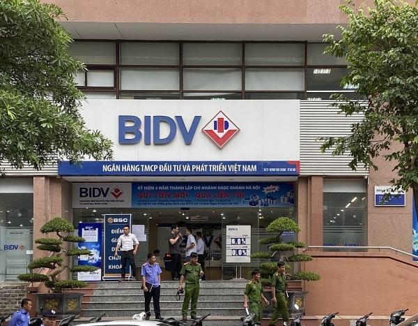 police investigating bidv bank robbery