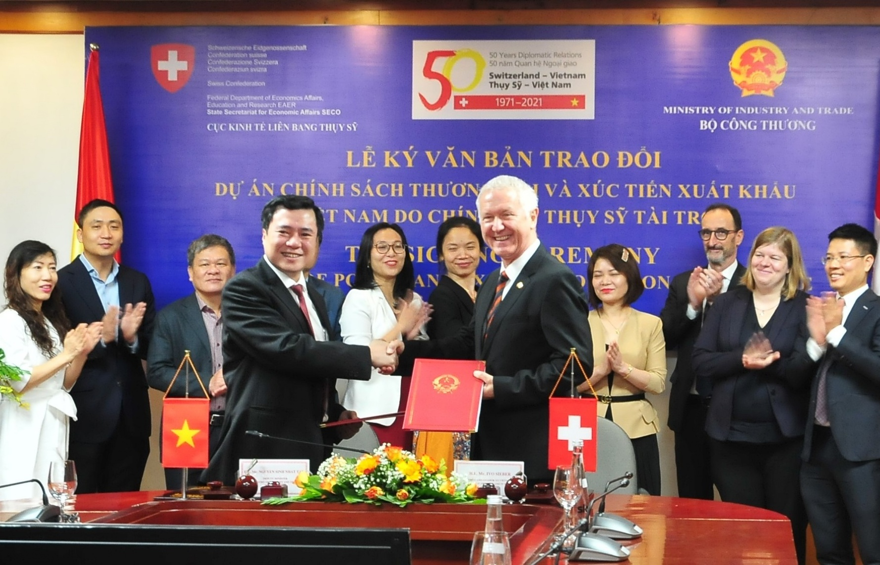 Switzerland supports Vietnam in enhancing trade policy and export promotion