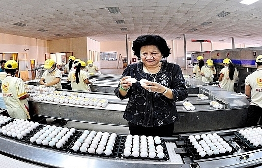 vinacapital spends 325 million on egg and poultry firm ba huan