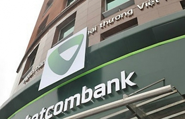 former vietcombank branch director accused of swindling 64 million