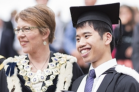 new zealand refreshes work rights for international graduates