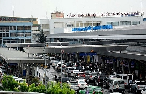 south or north expanding tan son nhat international airport