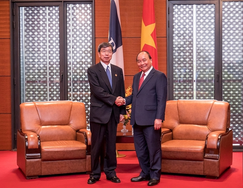 adb praises vietnams high economic growth and reaffirms strong support