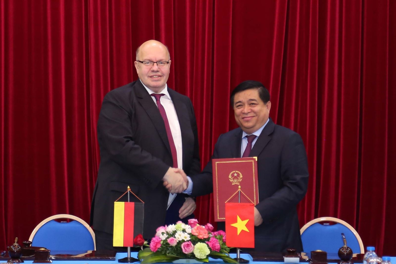strengthening vietnamese german strategic partnership in training