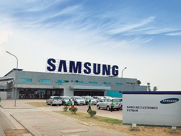 samsung display asks to not isolate 700 engineers from south korea