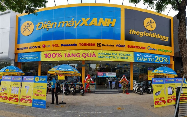 staff member of dien may xanh in danang tests positive for covid 19