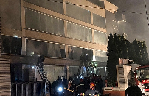 fire destroys 2000sqm factory of abc bakery