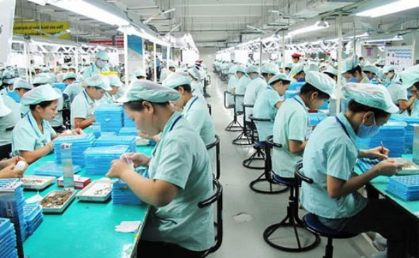 migrant workers affect economic restructuring of vietnam