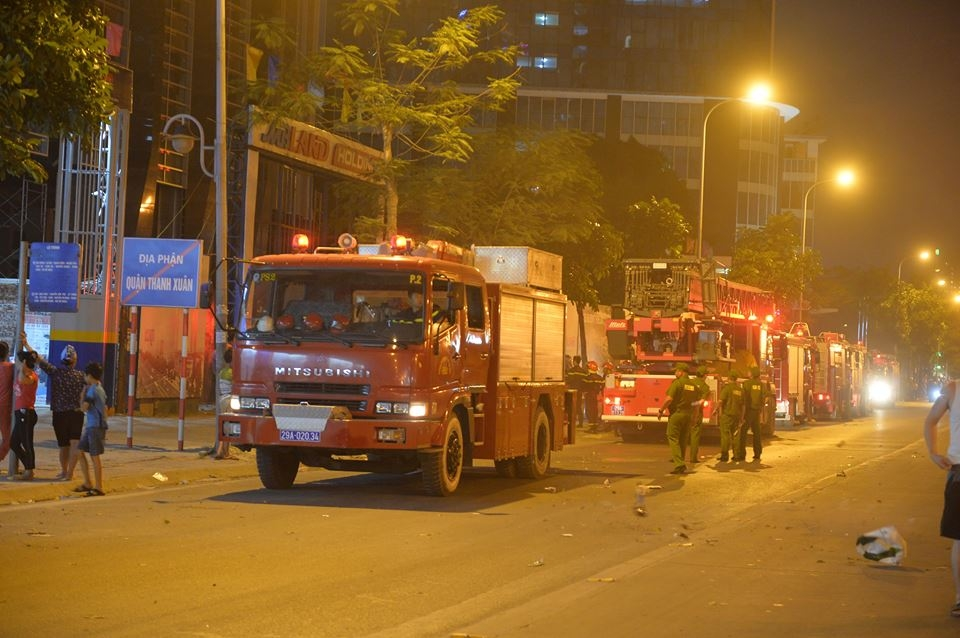 fire at mb grand tower on le van luong street