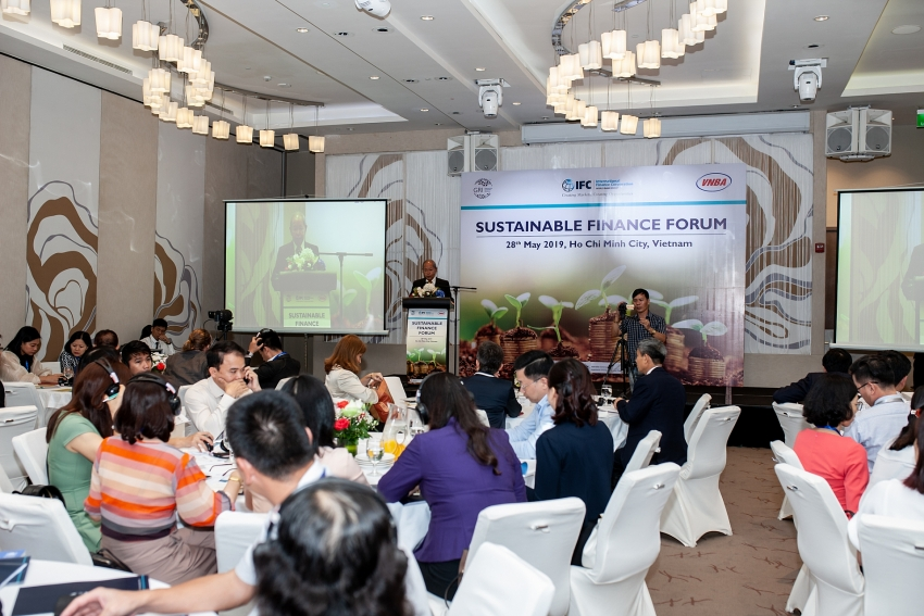 public and private sector join hands to accelerate green growth