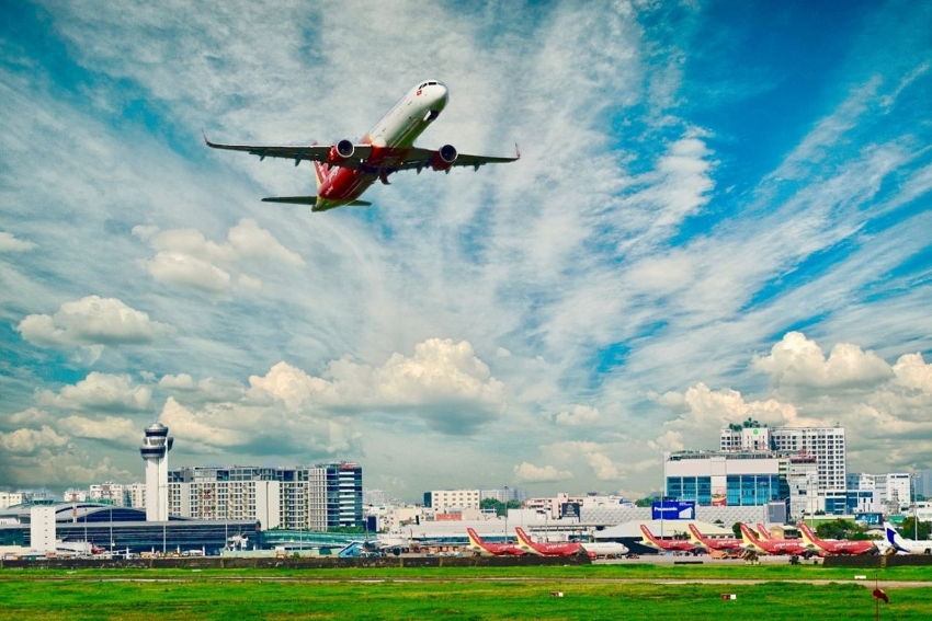 vietjet returns to vietnams clear blue skies