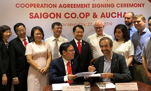 saigon coop acquires auchan vietnam