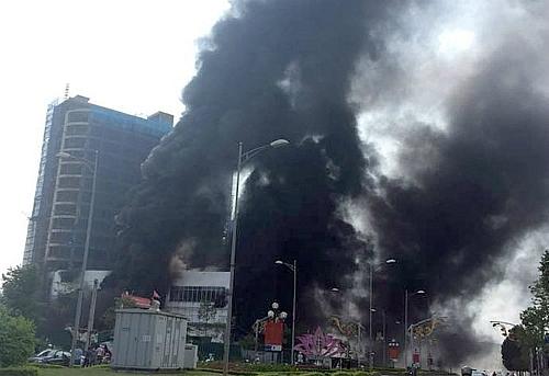 hoa sen group construction fire adds salt to injury