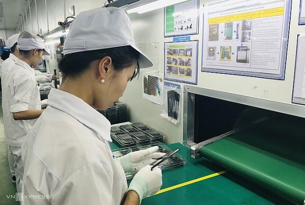 billion dollar tech giants eyeing up vietnam