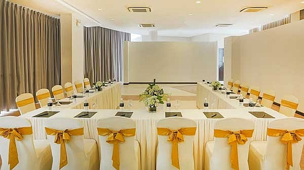 melia danang resort offers special meeting and gala dinner packages