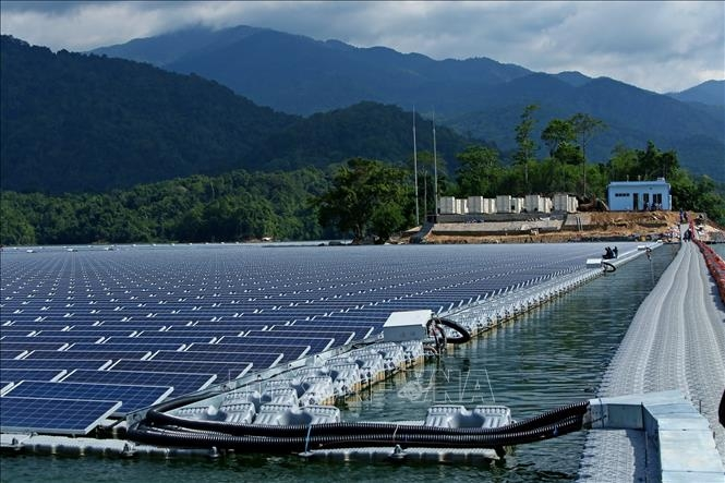 first large scale floating solar photovoltaic installed in vietnam