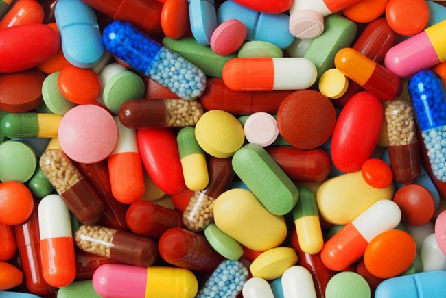 electronic giants setting foot in pharmaceutical retail