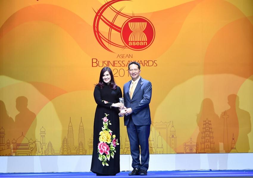 vietjet named best aviation enterprise 2019 at asean business awards