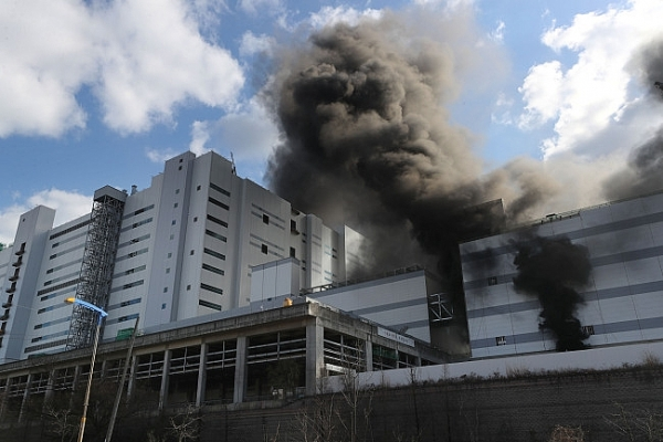 lg factory fire could cause millions of dollars in damage