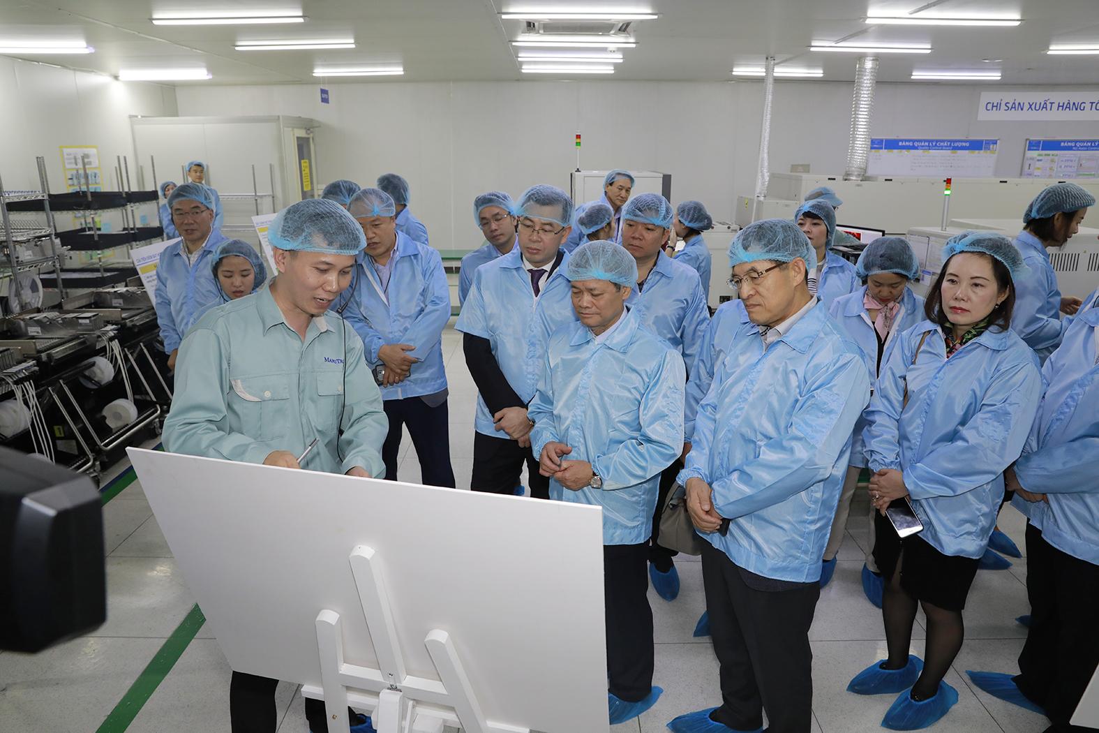 samsung elevates 29 vietnamese vendors to tier 1 supply chain