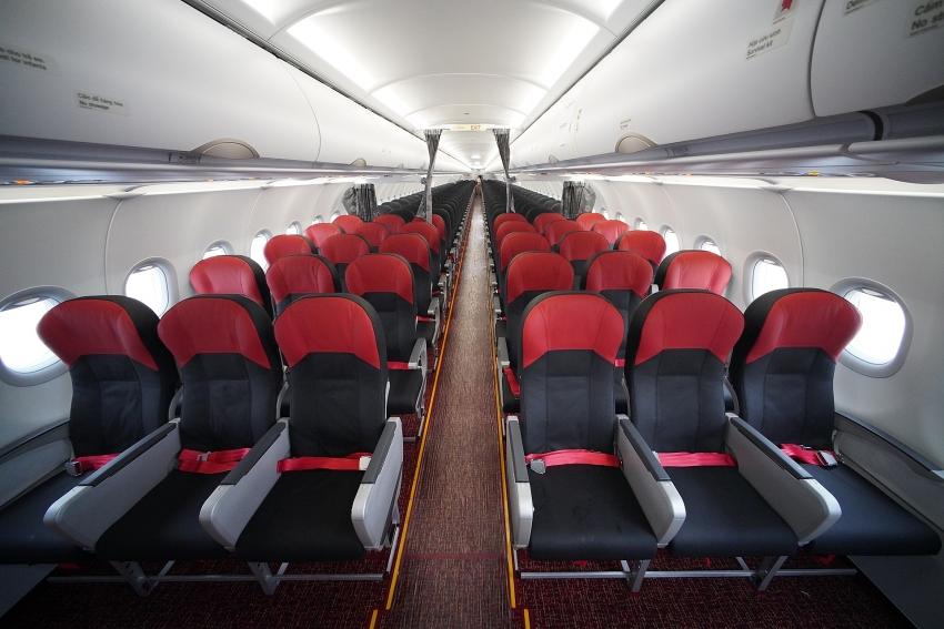 vietjet operates worlds first 240 seat a321neo acf