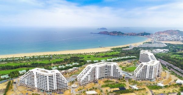 flc group to inaugurate vietnams biggest hotel in quy nhon in november 2020