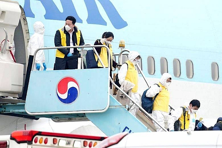 vietnam south korea flights halted due to covid 19
