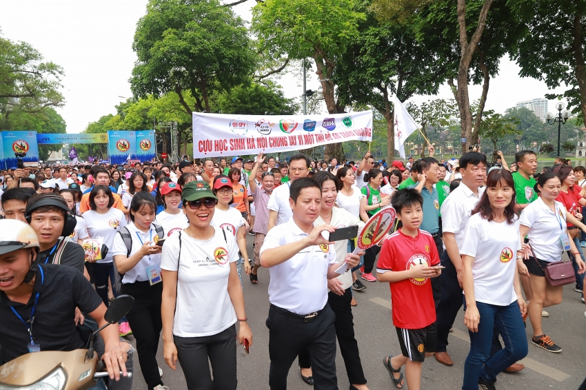 thousands march in anti drunk driving campaign in hanoi