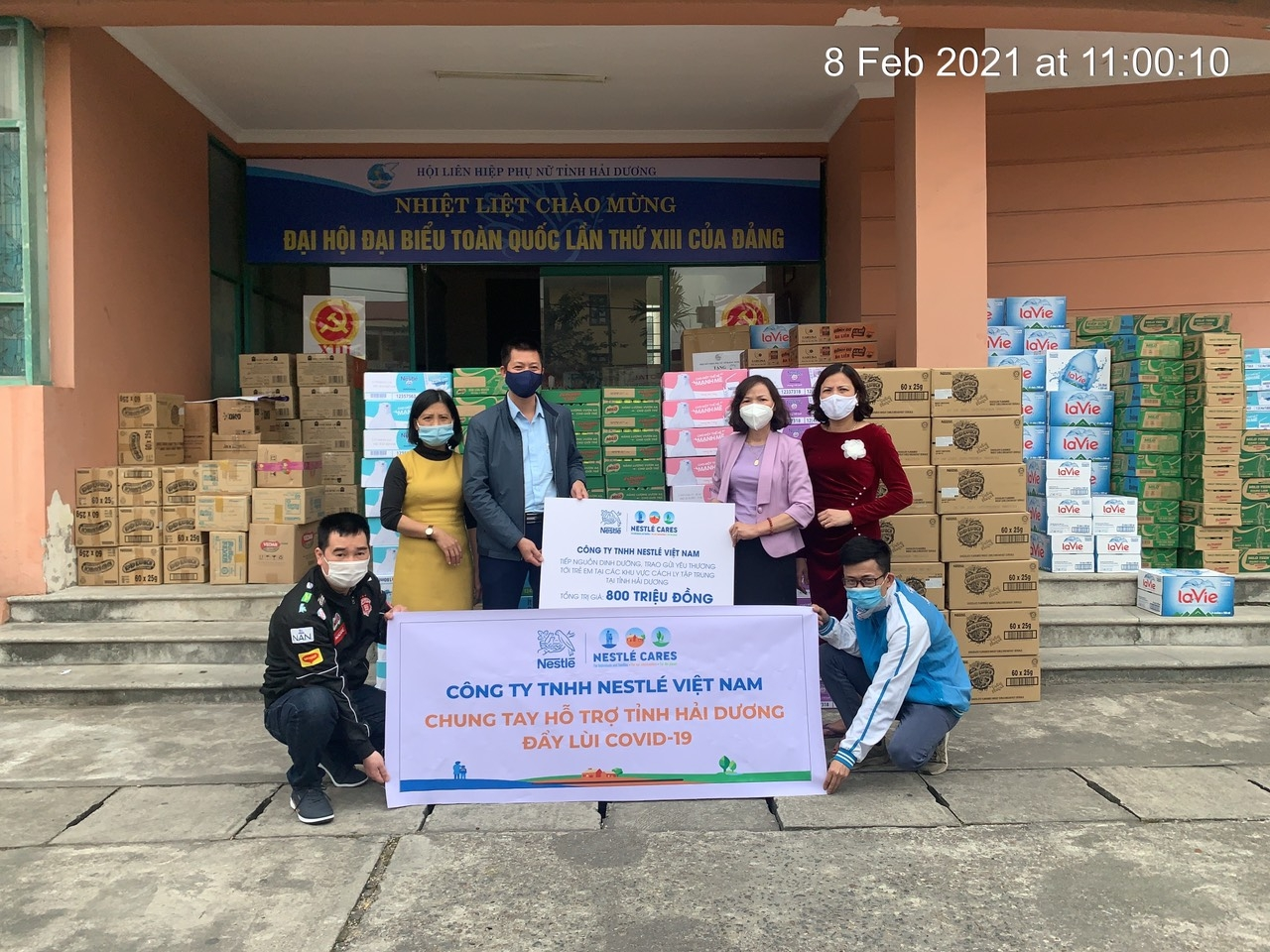 nestle vietnam gifts 100000 nutritional products to children in covid 19 danger zones