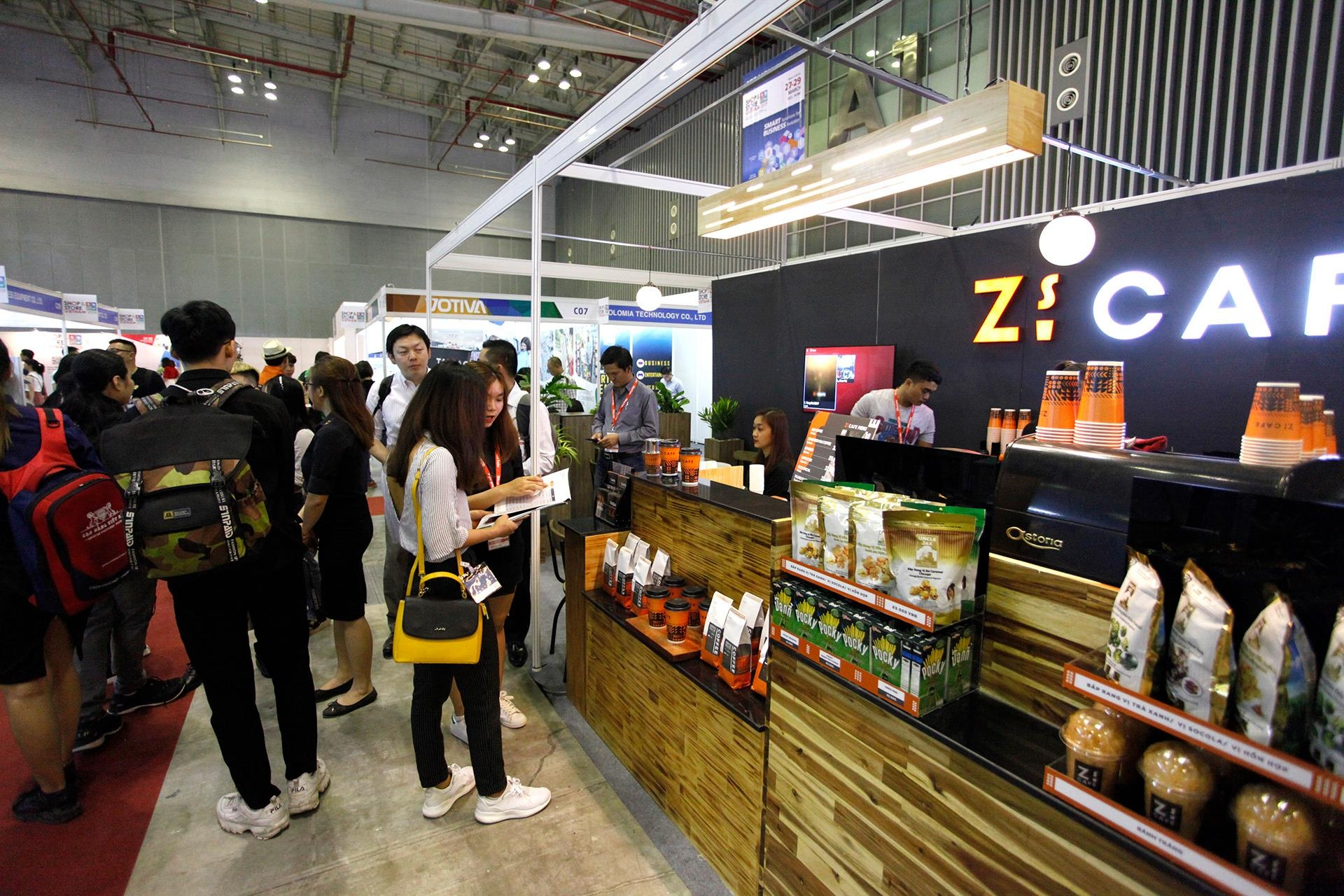 shop store vietnam to popularise franchising in vietnam