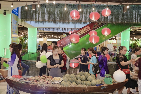 ben tre promotes speciality products in ho chi minh city