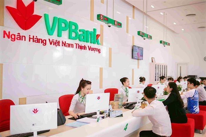 Dragon Capital becomes largest shareholder of VPBank