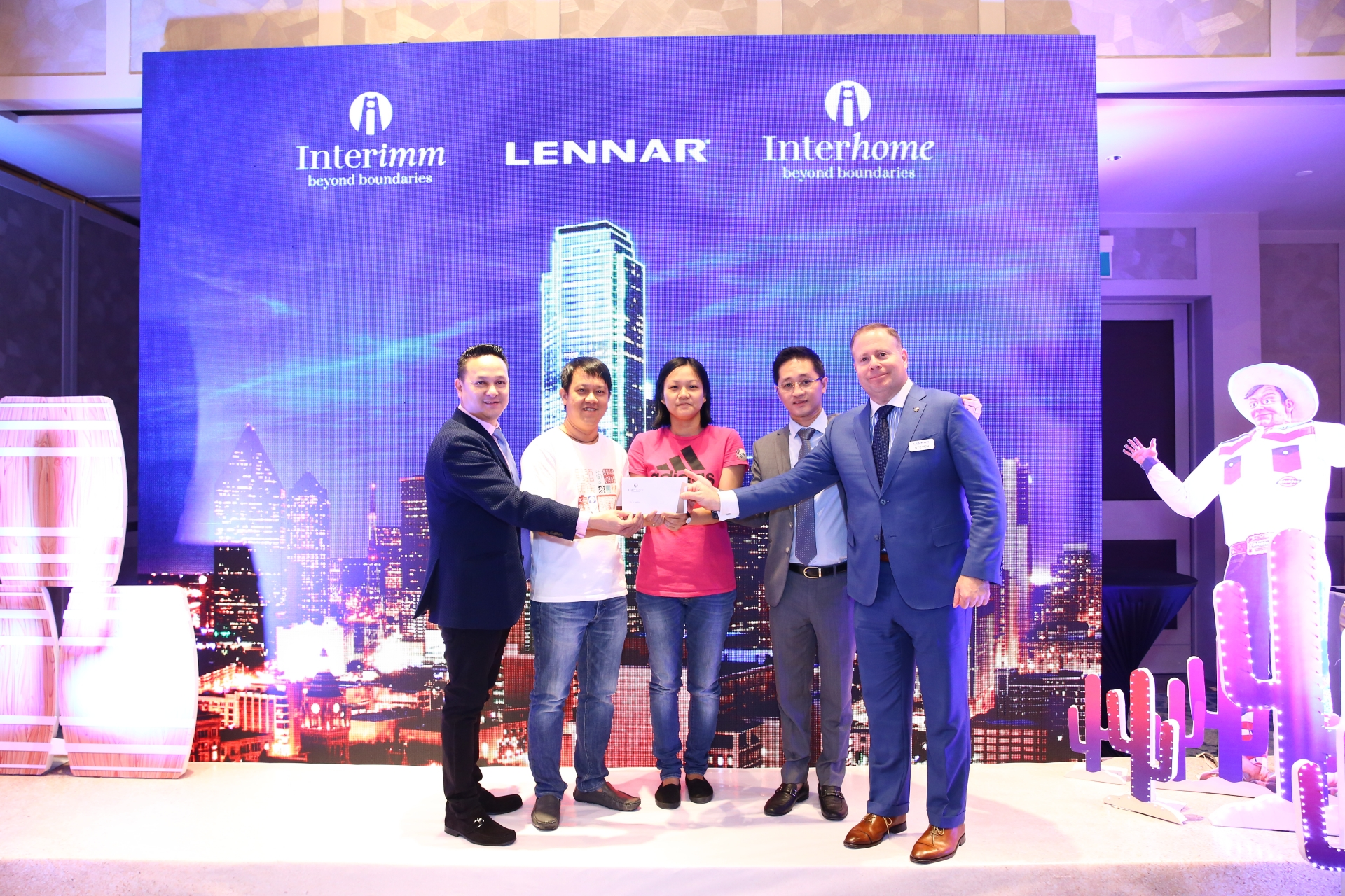 lennar international introduces us properties to vietnamese customers