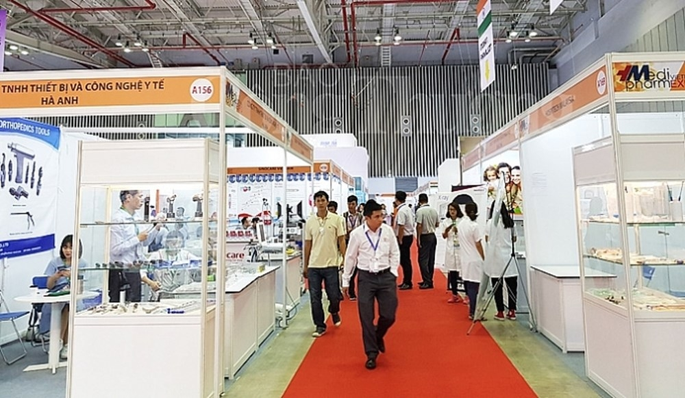 foreign firms set sights on medical equipment market