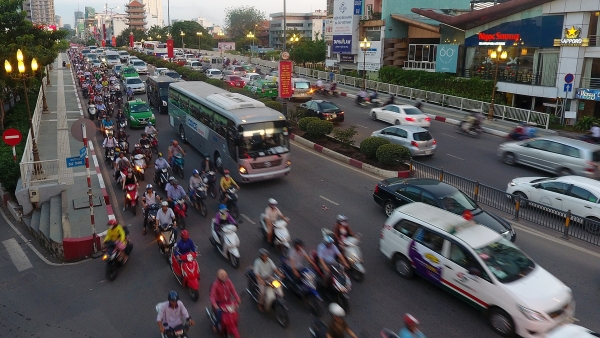 call to relax regulations on the classification of ride hailing firms