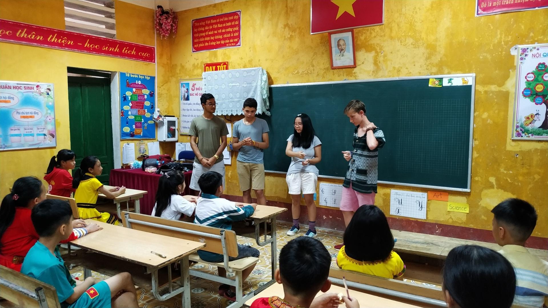 billionaire nguyen thi phuong thao holds talk with harrow school