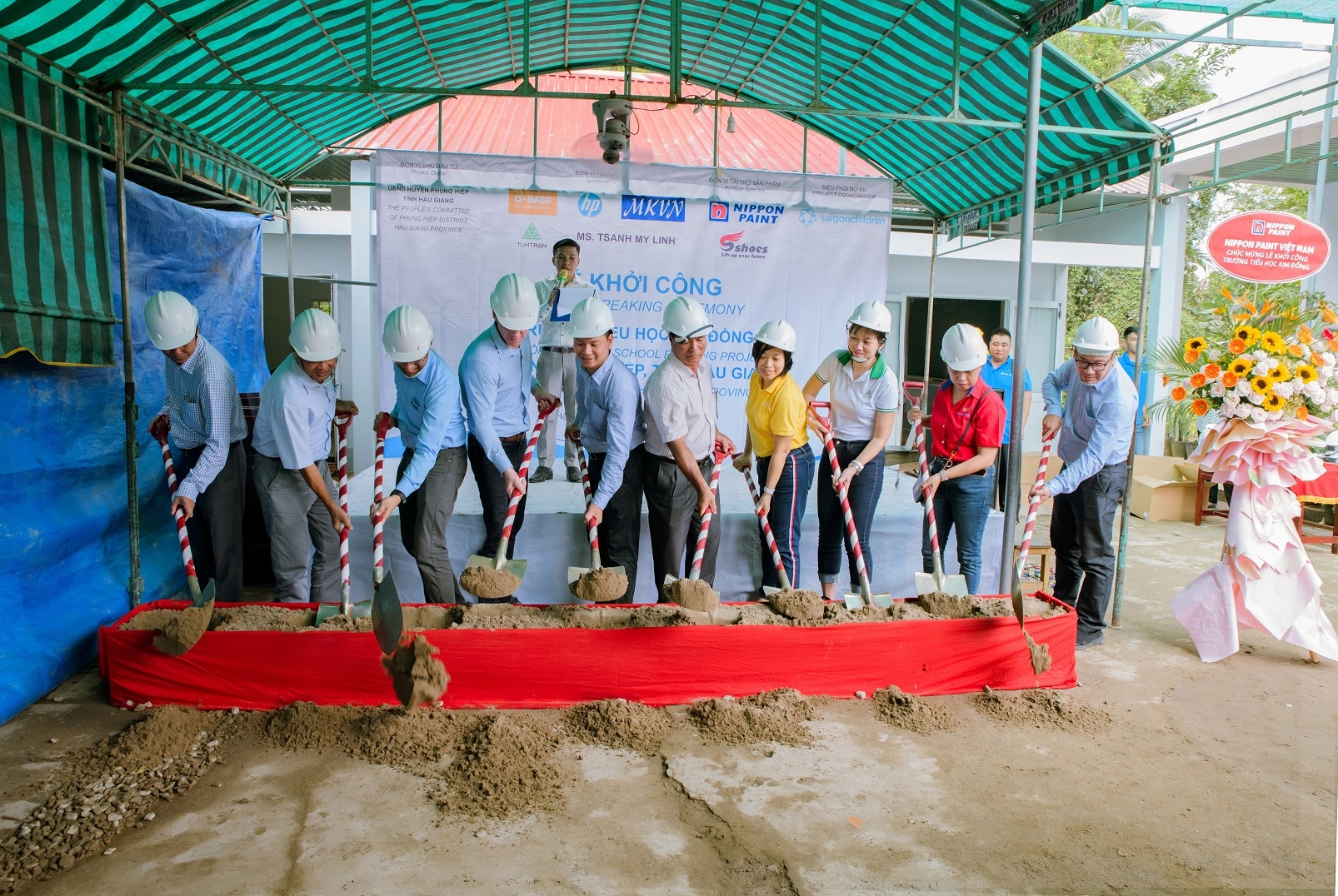 basf partners up with customers to rebuild school in remote area in hau giang